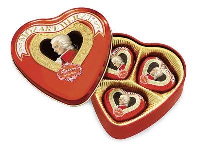386- Mozart Heart Tin 60g Image